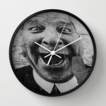 Wall clock mouth