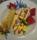 Hemgjord vaniljglass med rån och jordgubbssås