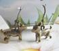 1par Liten Bronsfärgad HUND/Chihuahua Örhängen