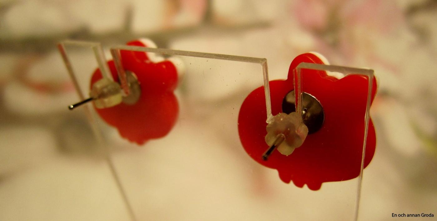 dös röd (2)