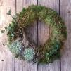 Trädgårdsmästarensval - Julkrans i mossa, större