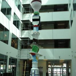 12 m hög skulptur, högskolan Malmö
