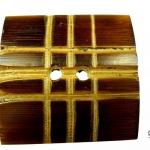 Fyrkanting handgjord träknapp