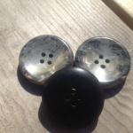 Marmorliknande knappar