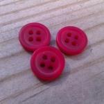 Rödmelerad knapp, liten