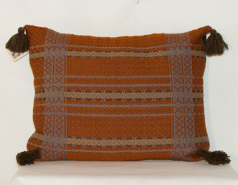 Kudde i ull - Cushion made of wool -