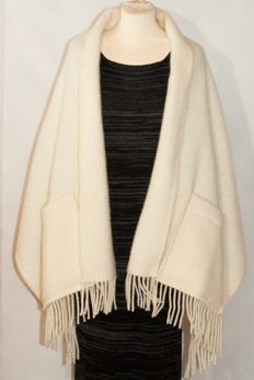 Sjal i ull - Shawl in wool -