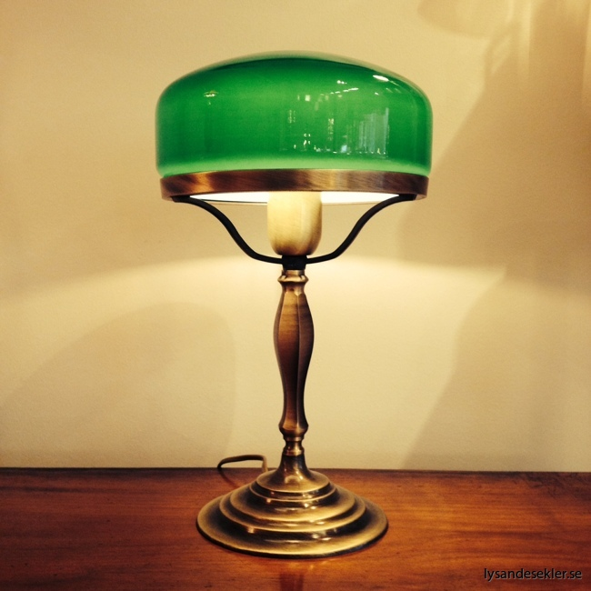 grön lampskärm strindberg (2)