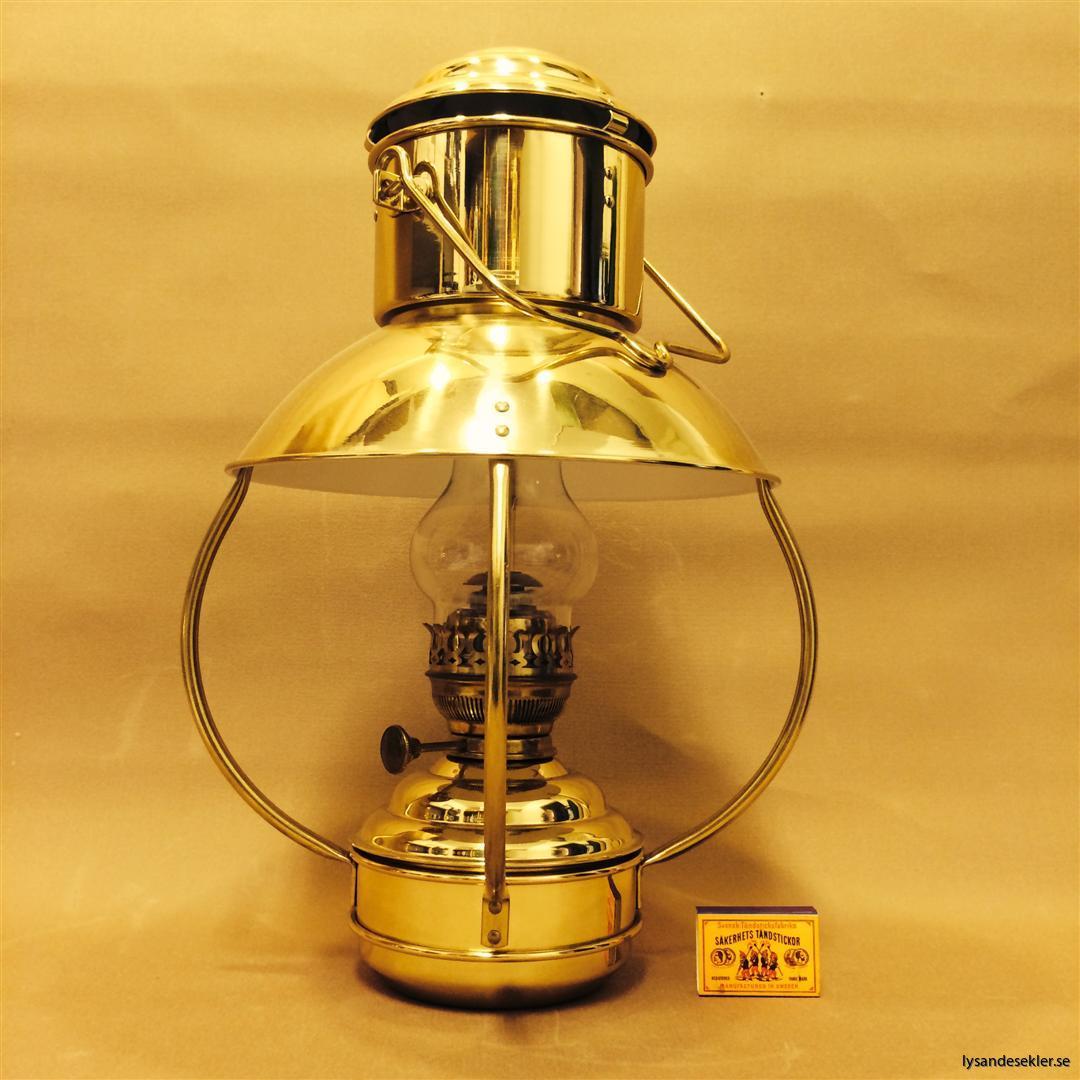 stora trålarlampan trawlerlamp fotogenlampa tak