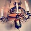 Unik takfotogenlampa 20''' helt i mässing med nio ljusarmar (äldre) - Mässingsornamenterad 20''' takfotogenlampa med 9 ljus
