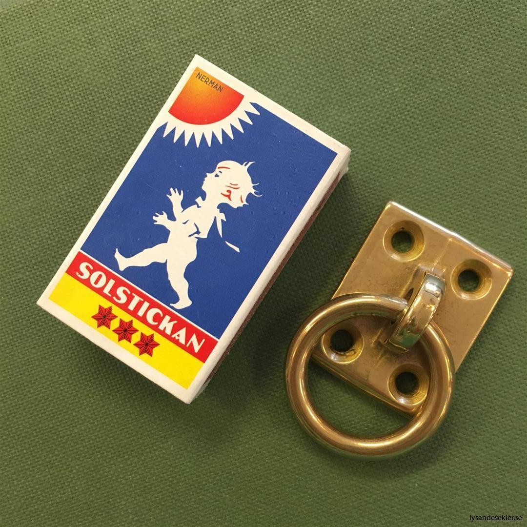 beslag med ring i mässing handtag