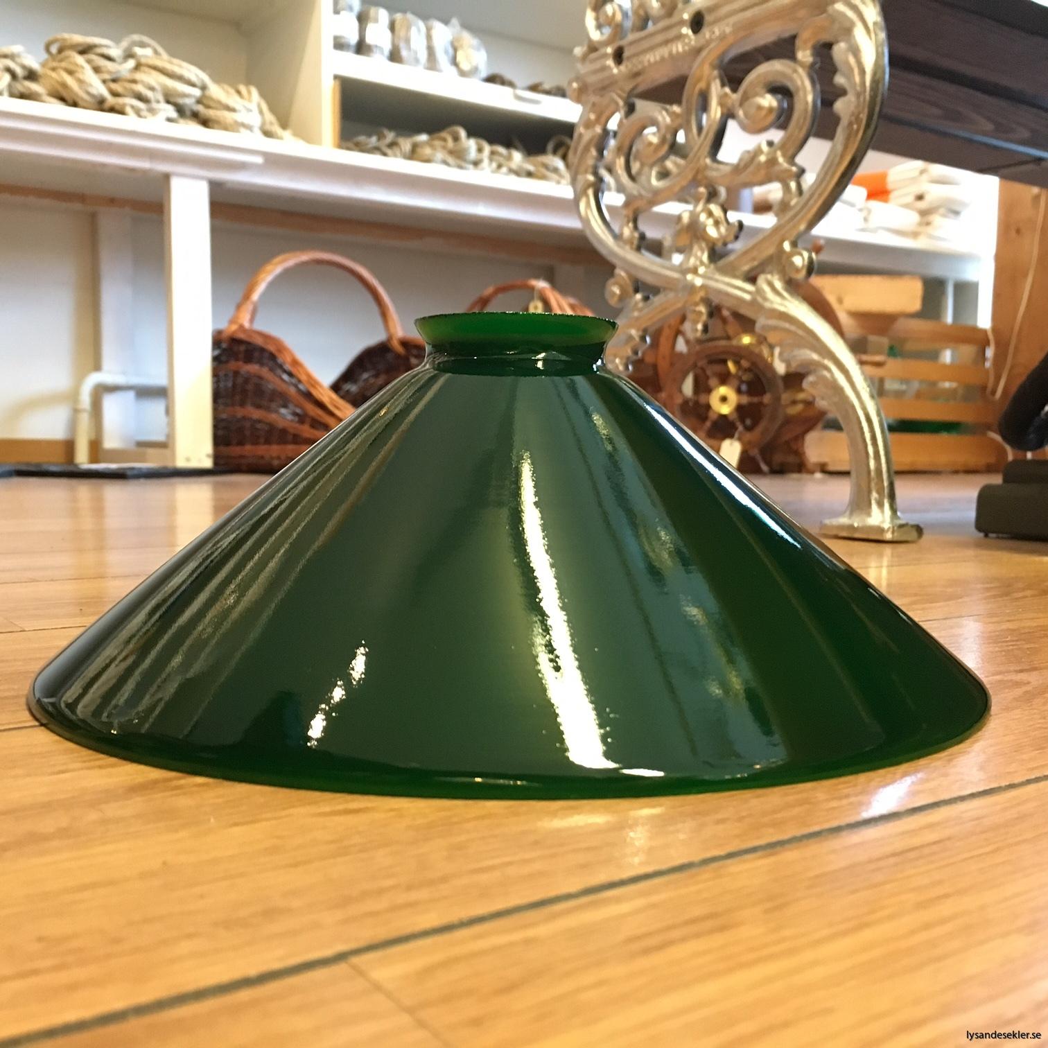 grön skomakarskärm 25 och 30 cm (1)