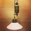 Hisslampa i antiklackerad mässing med 20 cm opalvit skomakarskärm - Hisslampa i antiklackerad mässing med 20 cm opalvit skomakarskärm
