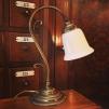 Jugendlampan med vit klockskärm med rak kant - Jugendlampan med vit klockskärm med rak kant