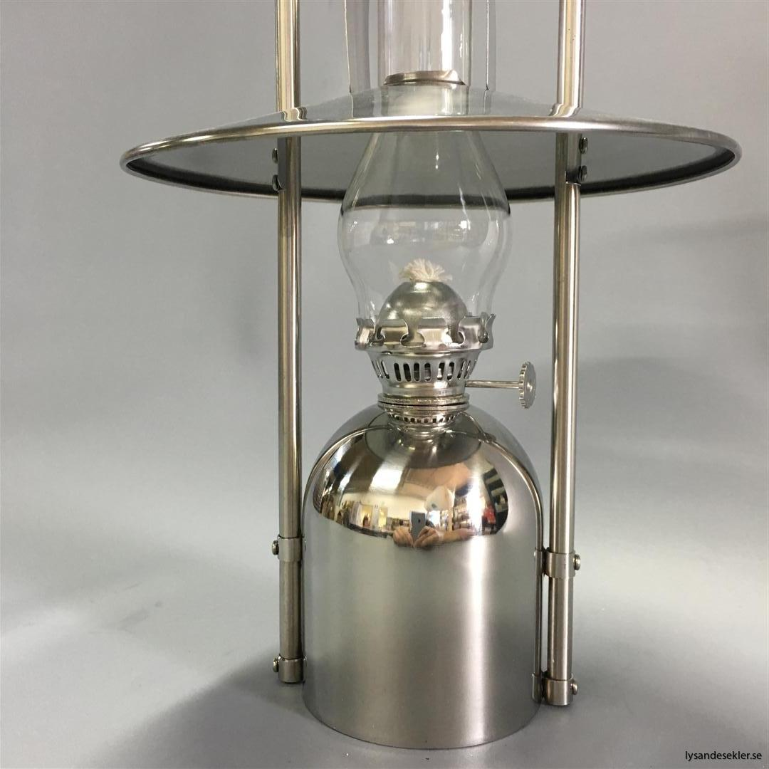 oljelampa fotogenlampa rostfritt stål loggi sampan sampanino dansk design (7)