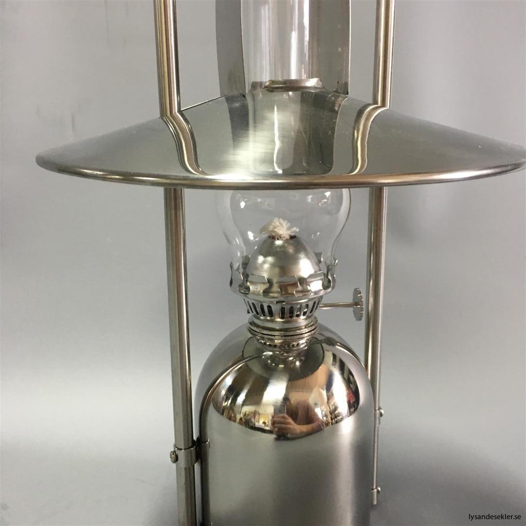 oljelampa fotogenlampa rostfritt stål loggi sampan sampanino dansk design (13)
