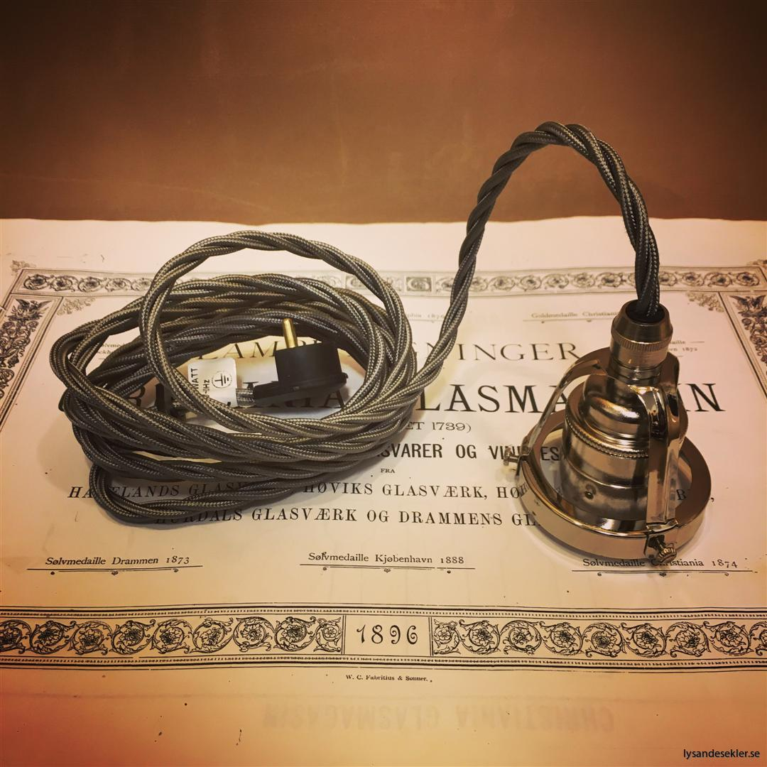sladdupphäng med klofattning tre 3 skruvar lampa (2)