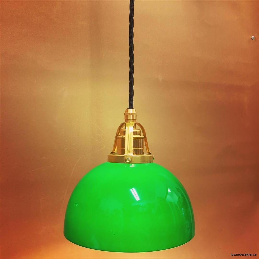 fönsterlampa i tygsladd mässing (47)