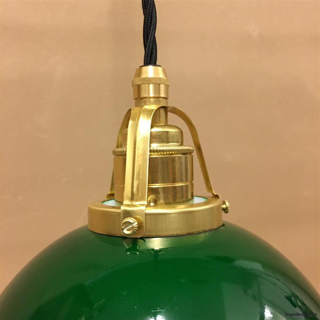 fönsterlampa i tygsladd mässing (44)
