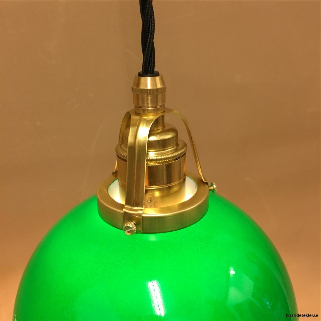 fönsterlampa i tygsladd mässing (49)