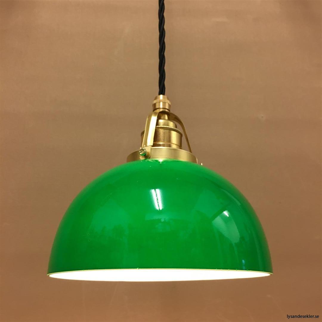 fönsterlampa i tygsladd mässing (51)