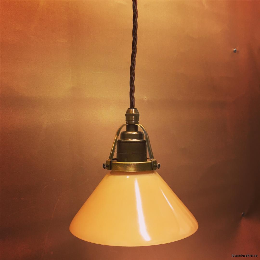 gul skomakarlampa brun tygsladd (1)