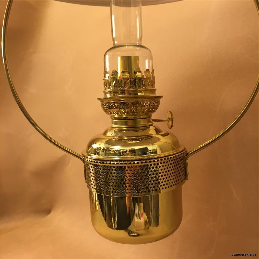 cabinlamp taklampa helt i mässing (11)