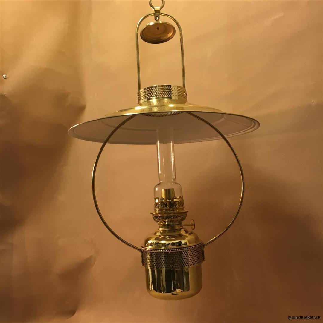cabinlamp taklampa helt i mässing (9)