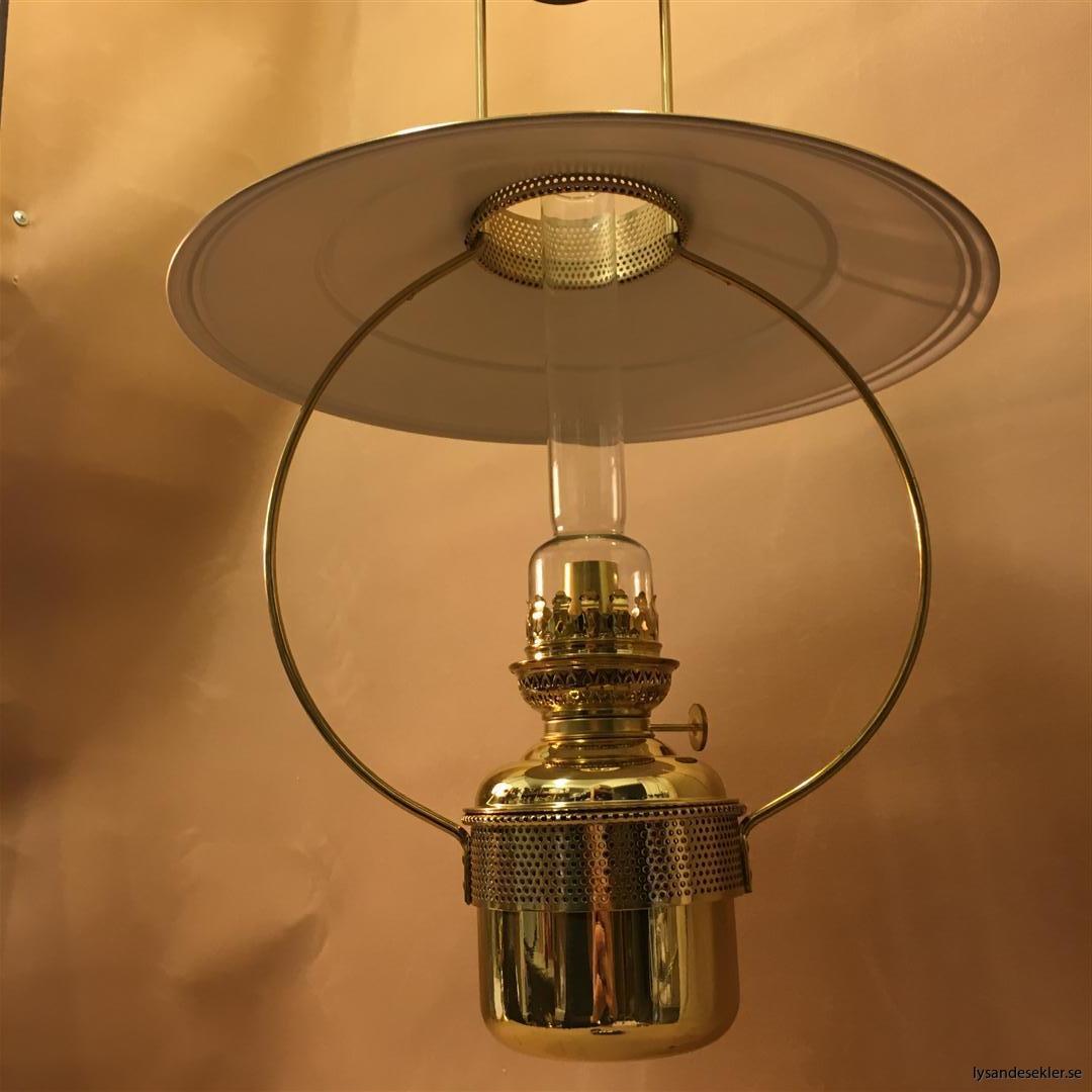 cabinlamp taklampa helt i mässing (10)