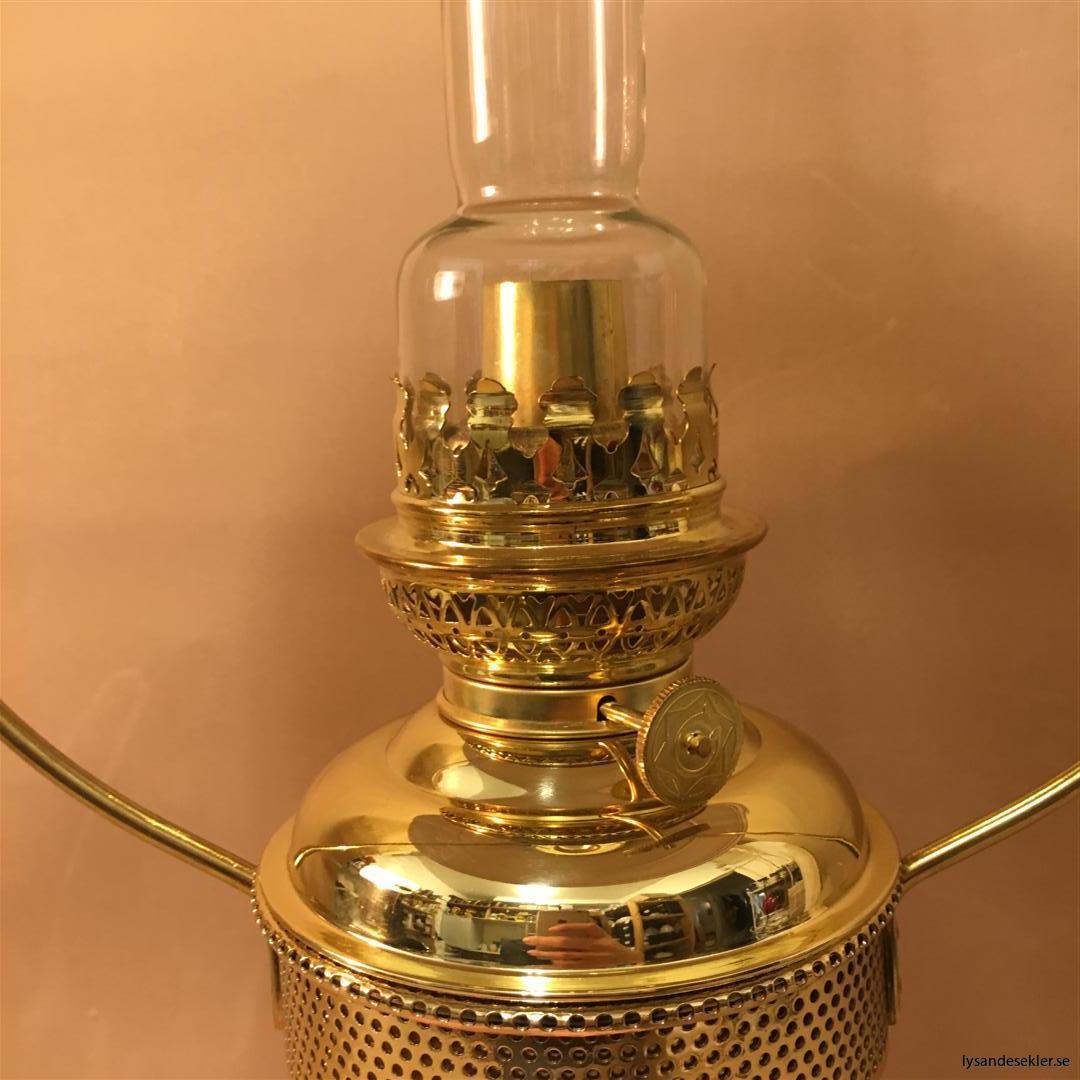 cabinlamp taklampa helt i mässing (13)