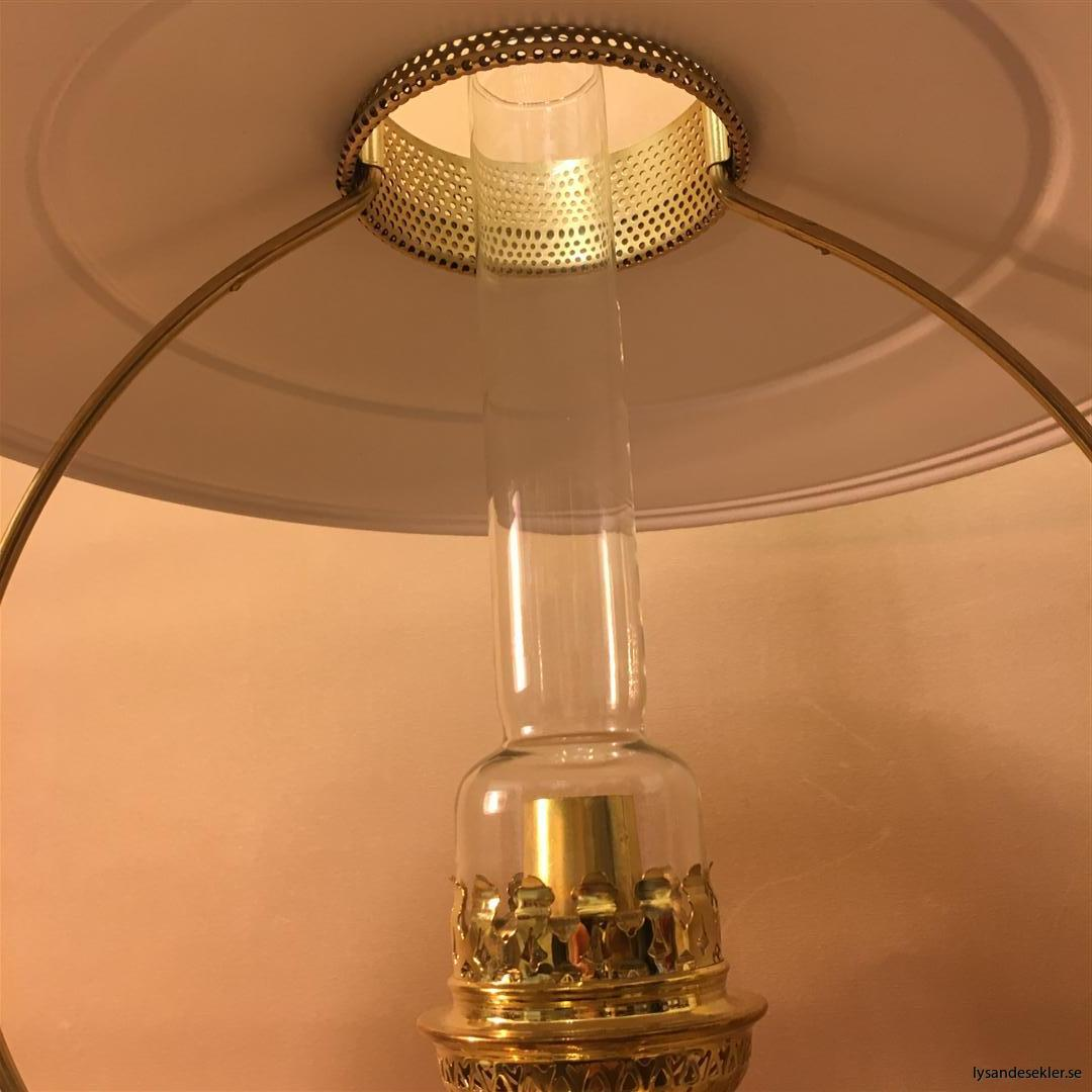 cabinlamp taklampa helt i mässing (15)