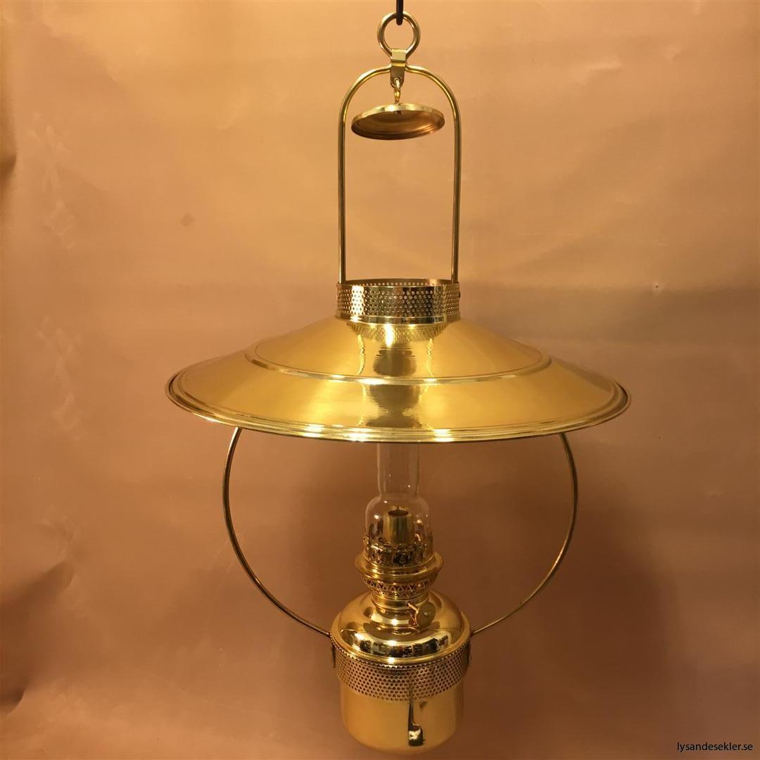 cabinlamp taklampa helt i mässing (16)