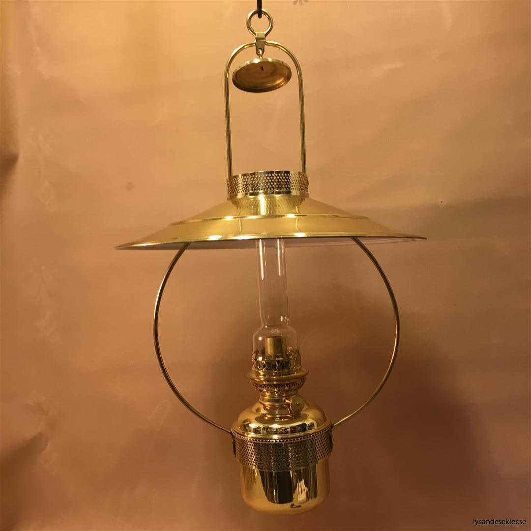 cabinlamp taklampa helt i mässing (17)