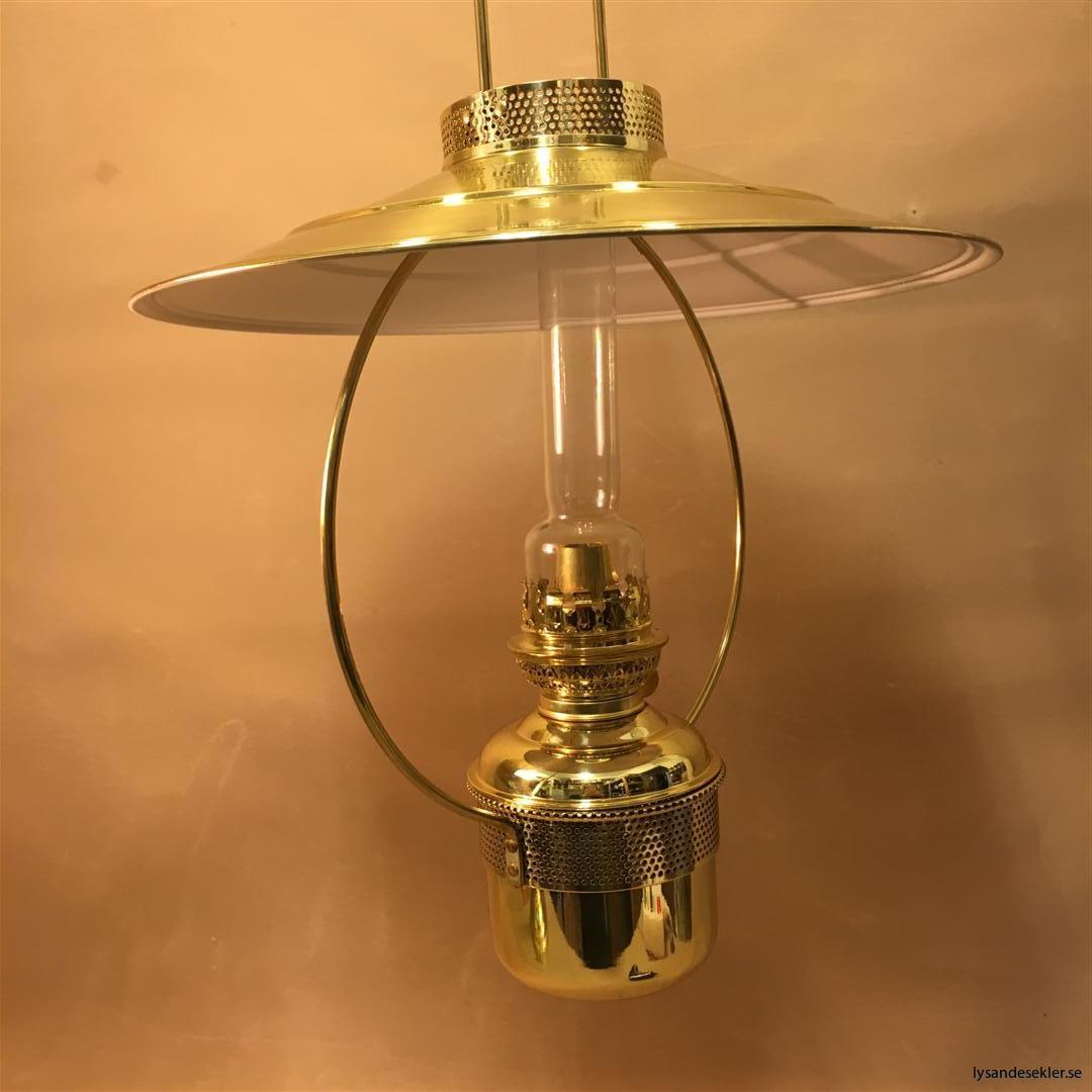 cabinlamp taklampa helt i mässing (2)