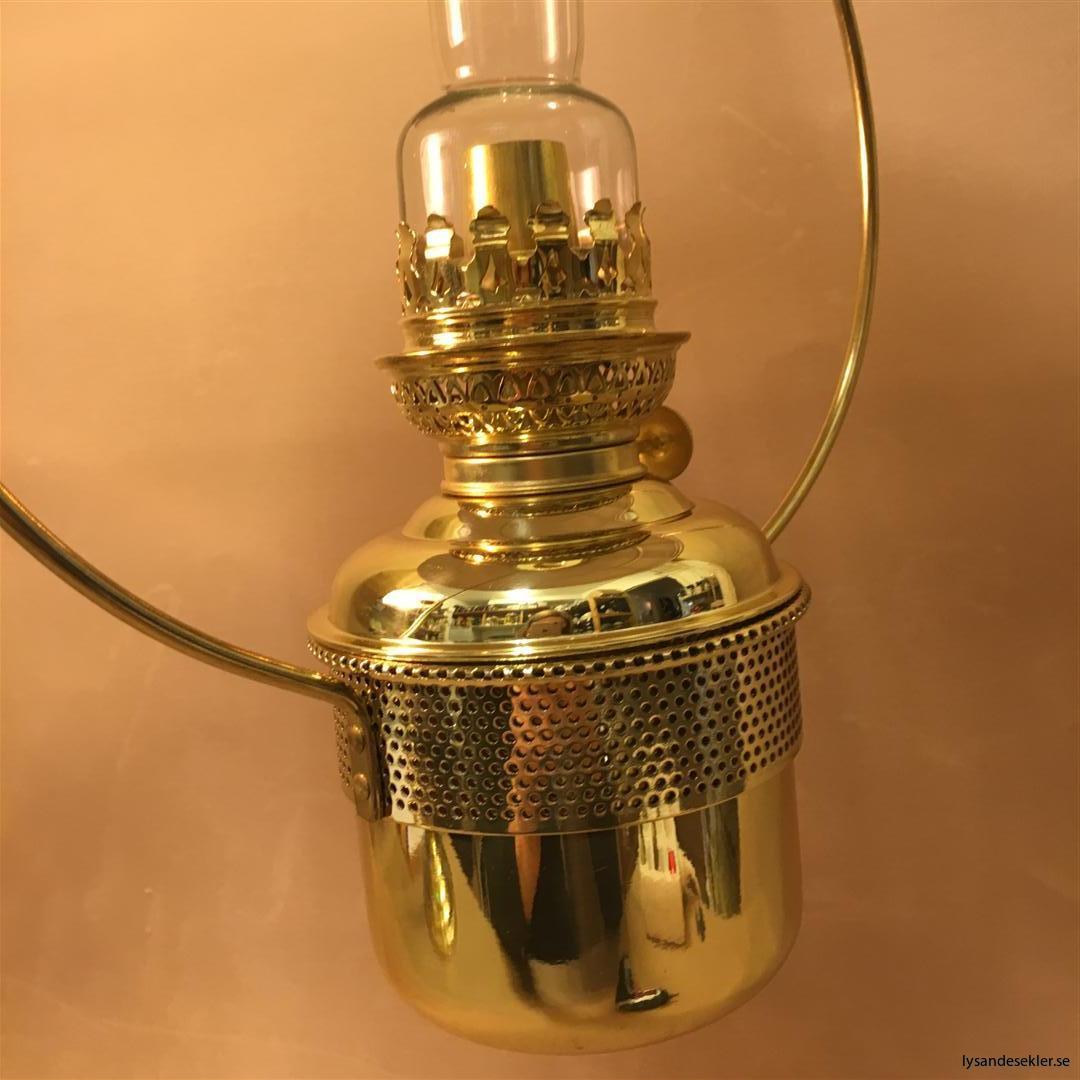 cabinlamp taklampa helt i mässing (3)
