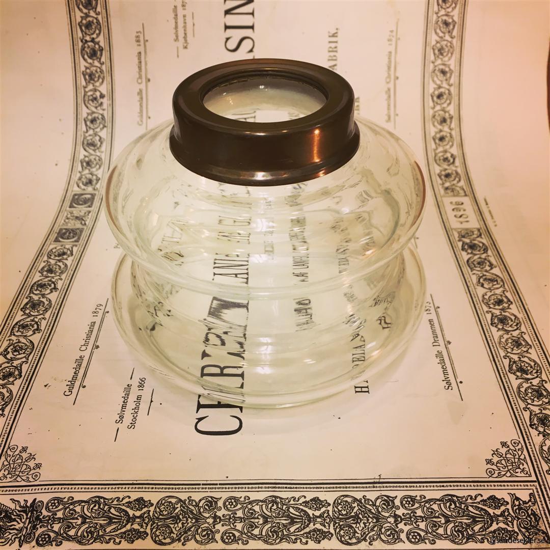 oljehus glas (2)