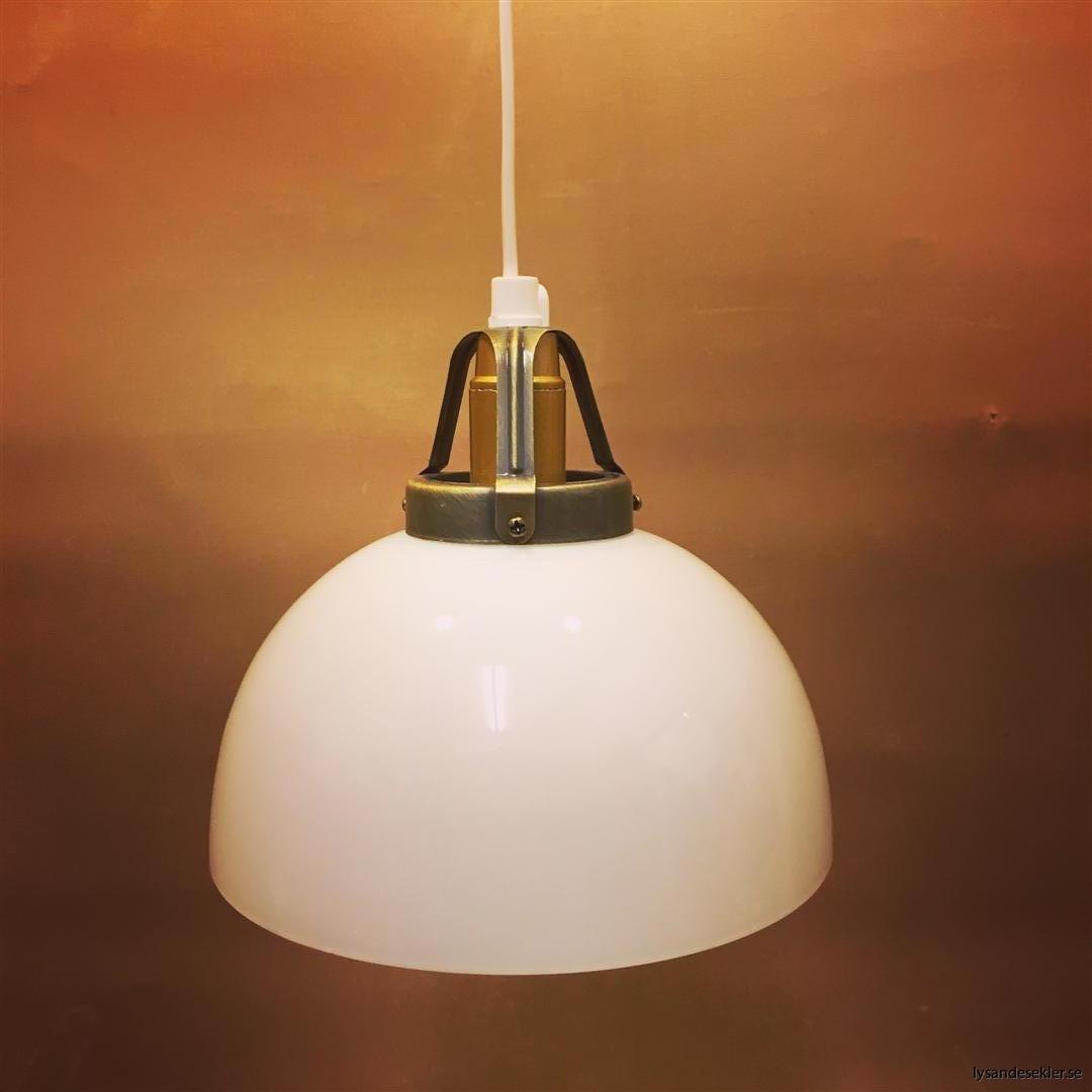 fönsterlampa vit plastsladd med tak- eller väggkontakt (7)