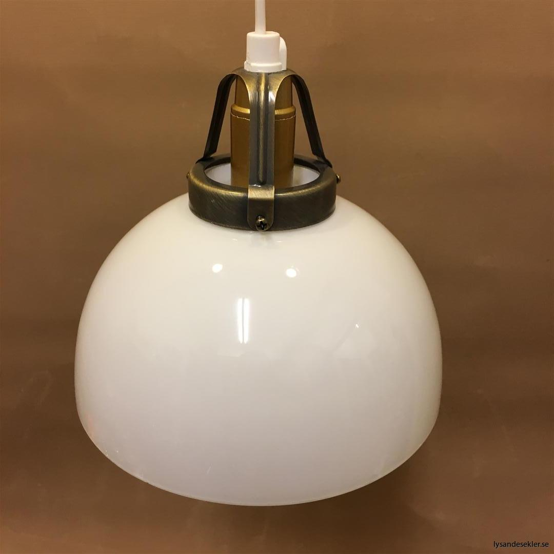 fönsterlampa vit plastsladd med tak- eller väggkontakt (8)