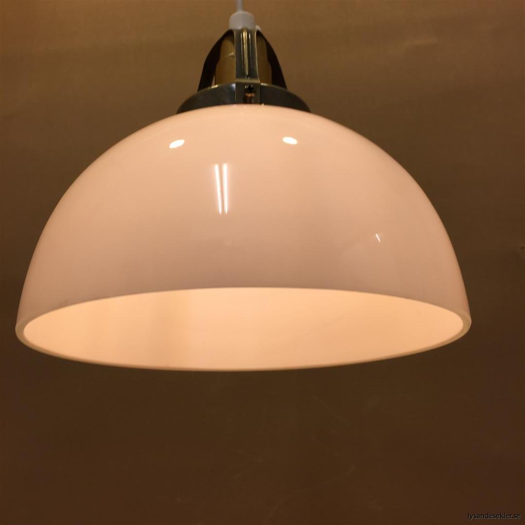 fönsterlampa vit plastsladd med tak- eller väggkontakt (13)