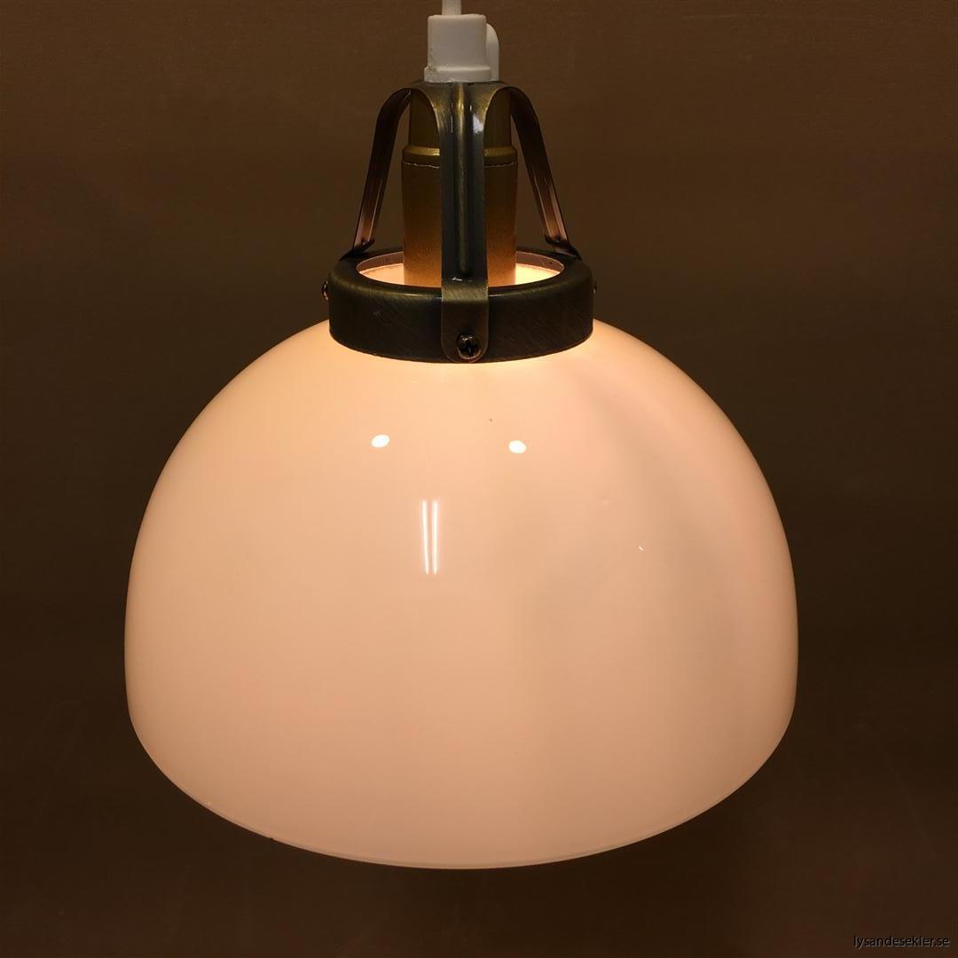 fönsterlampa vit plastsladd med tak- eller väggkontakt (12)