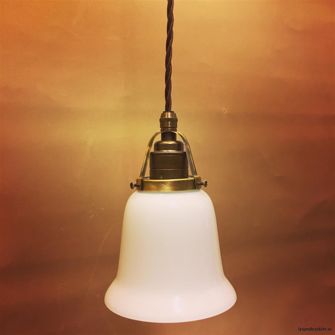 fönsterlampa tygsladd brun antik klofattning (25)
