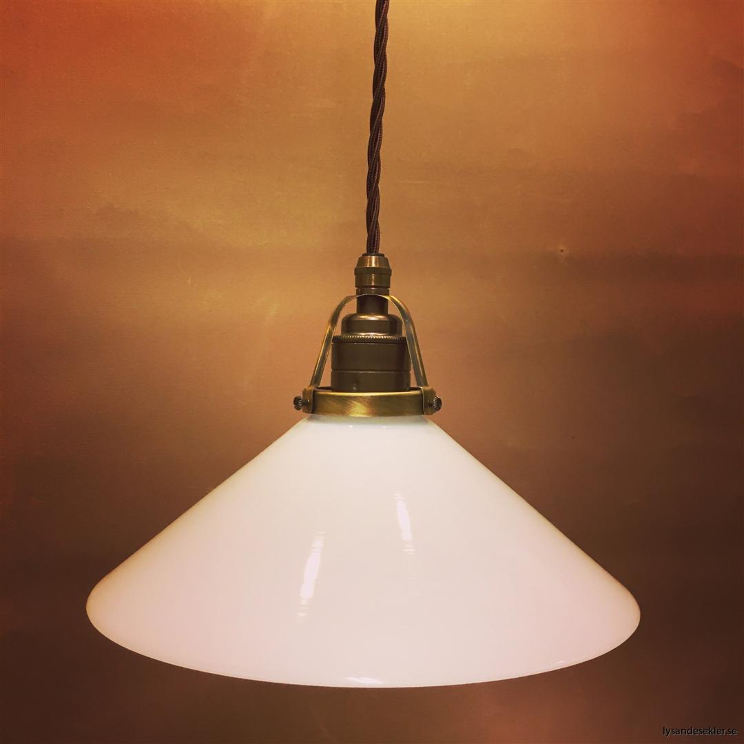 skomakarlampa vit opal tygsladd tvinnad (2)