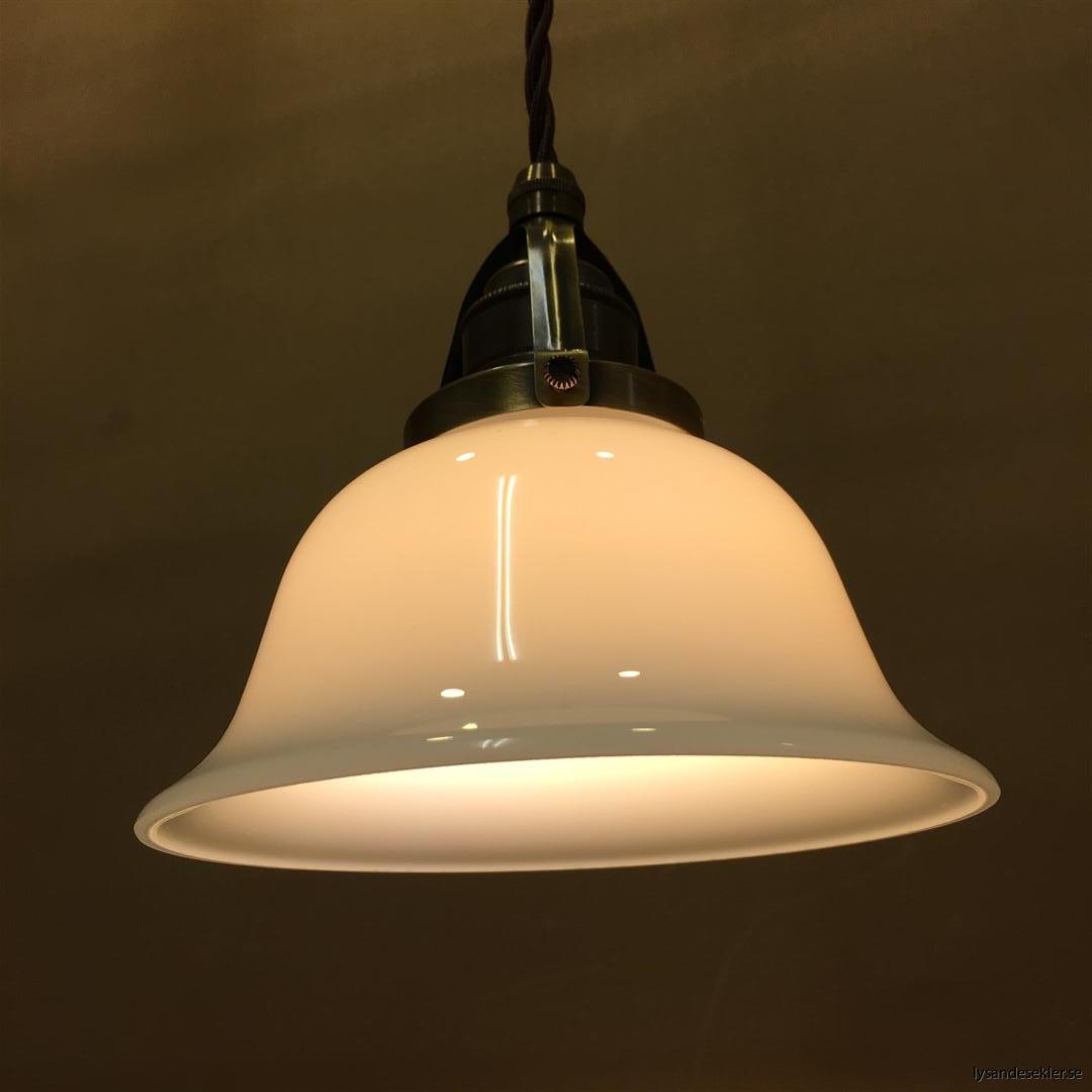 fönsterlampa tygsladd brun antik klofattning (24)