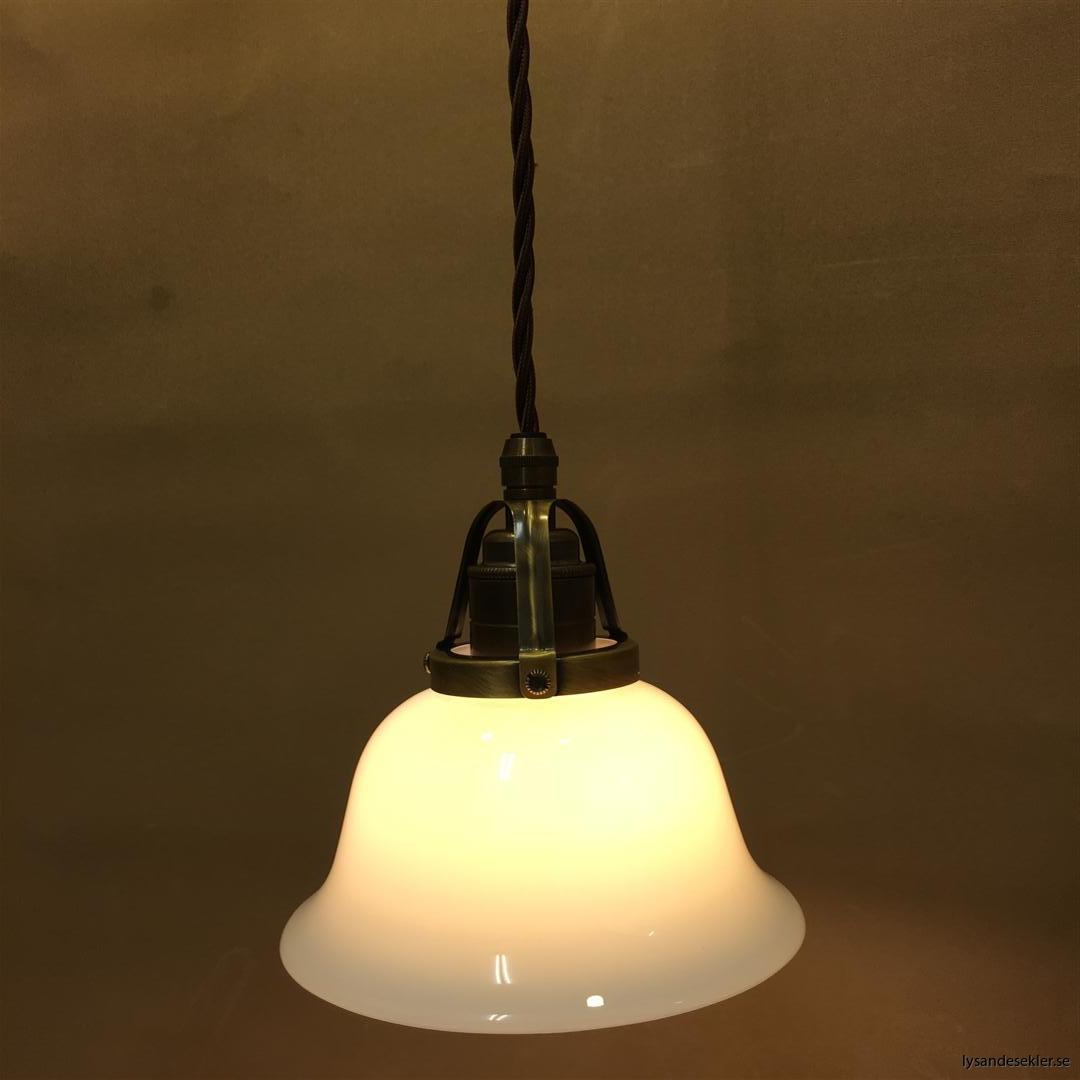 fönsterlampa tygsladd brun antik klofattning (22)