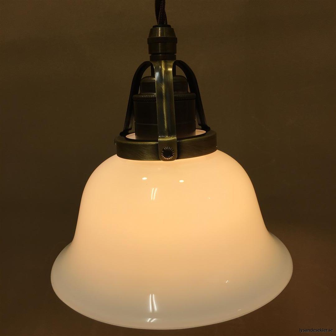 fönsterlampa tygsladd brun antik klofattning (23)