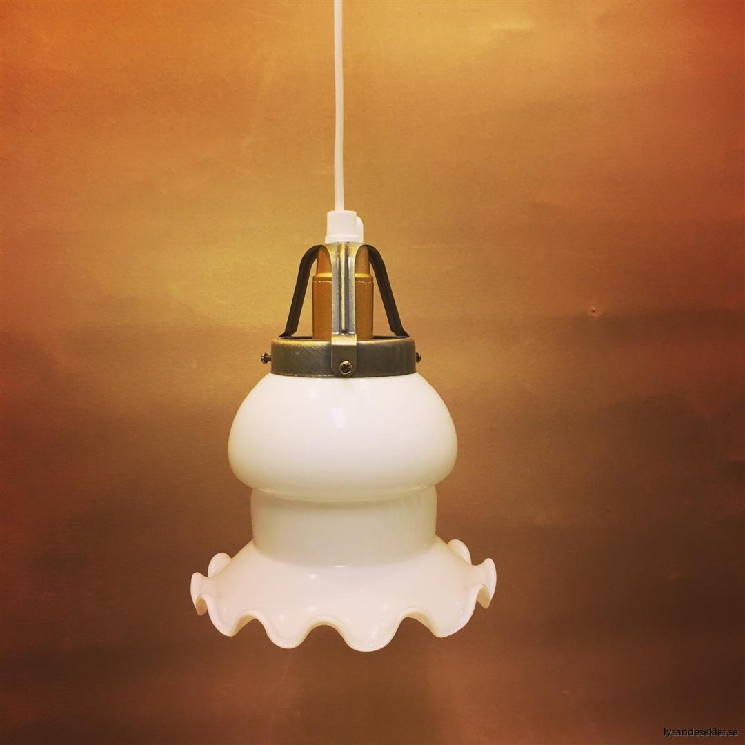 fönsterlampa vit plastsladd med tak- eller väggkontakt (45)