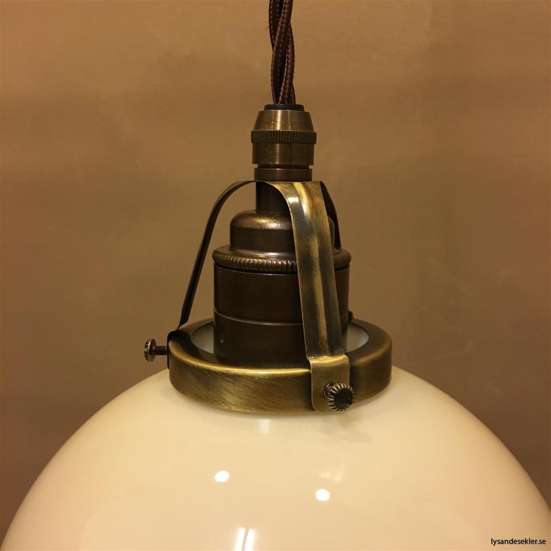 fönsterlampa tygsladd brun antik klofattning (4)