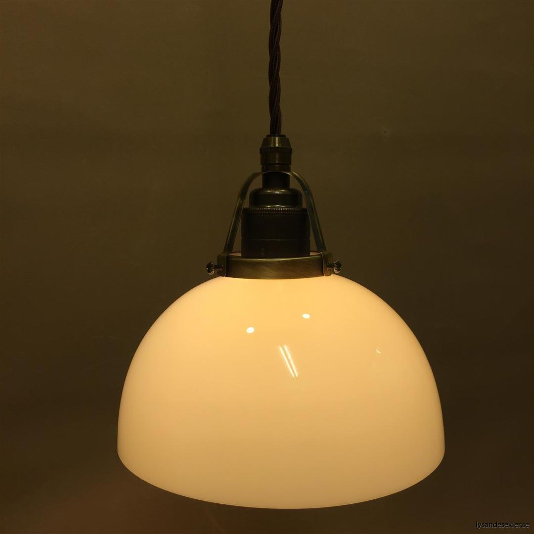 fönsterlampa tygsladd brun antik klofattning (7)