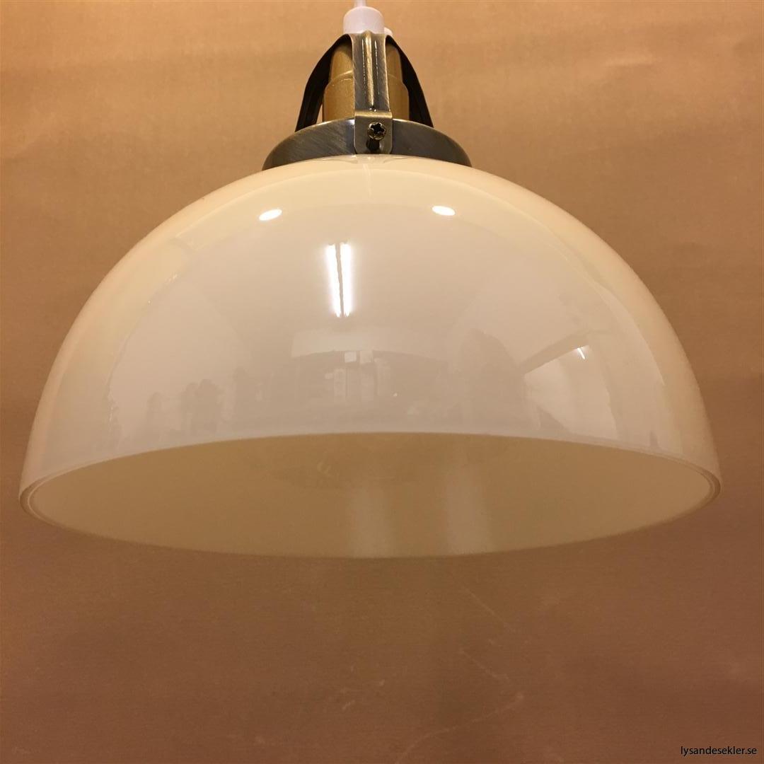fönsterlampa vit plastsladd med tak- eller väggkontakt (40)