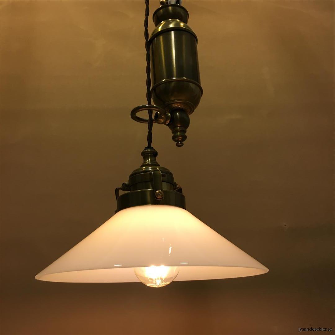 hisslampa elektrisk taklampa med hiss